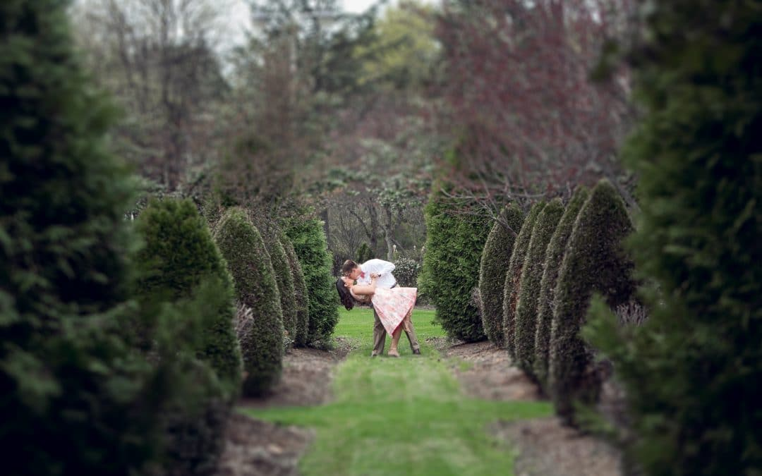 Linwood Estate Engagement Photos   Central PA Wedding Photographer   Lauren and Wes